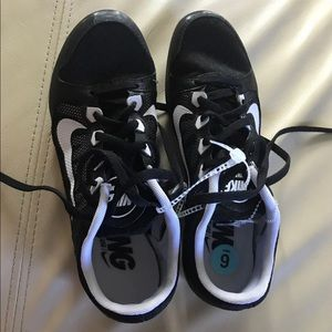 Nike Shoes - Nike Zoom Rival Men's Size 6 running shoes